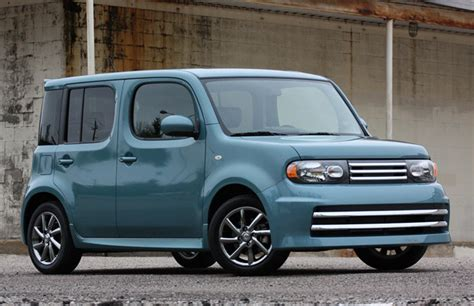 Nissan Cube Discontinued by Aaaaaaa