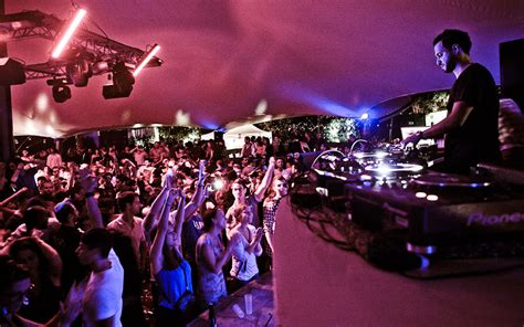 best night club barcelona barcelona nightclub www pixshark images galleries