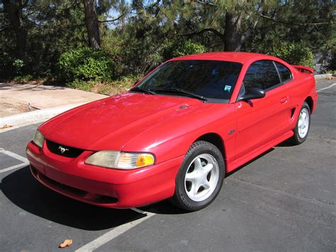 1997 Ford Mustang Gt by Review 1997 Ford Mustang Gt Driveandreview