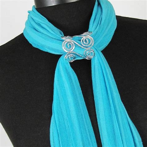 how to make scarf jewelry 25 unique scarf jewelry ideas on scarf