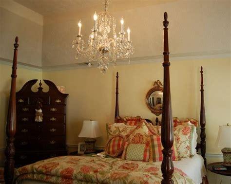 chandelier bedroom 1000 ideas about bedroom chandeliers on