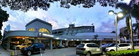 Bmw Of Honolulu by About Bmw Of Honolulu New Bmw Used Car Dealer