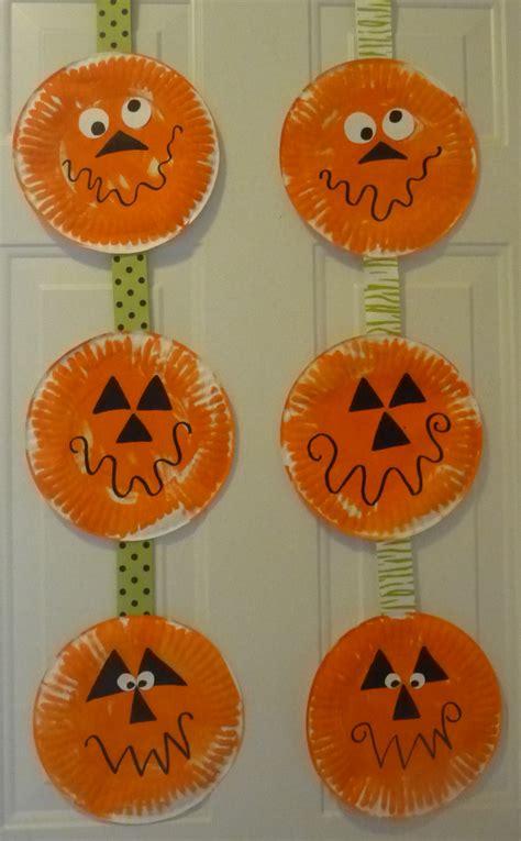 paper plate pumpkin craft paper plate pumpkins daycare crafts