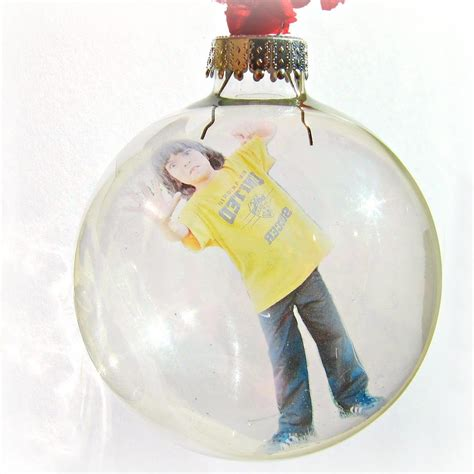 photo crafts for make a personalized floating photo ornament morena s corner