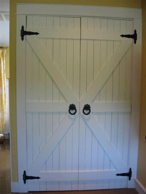 barn door style closet doors redirecting