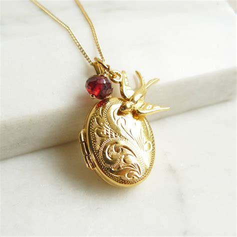 jewelry lockets personalised engraved gold locket necklace with by