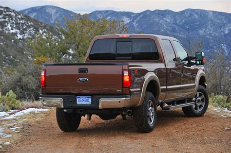 2011 Ford F250 by 2011 Ford F 250 Duty Photo Gallery Autoblog