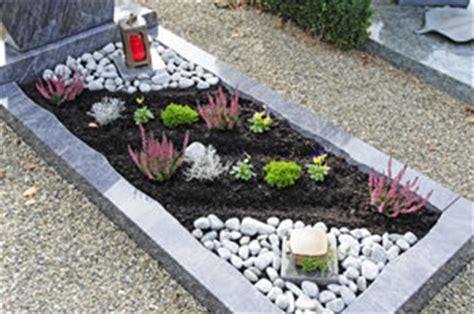 Der Garten Mehrzahl by Grabgestaltung Mit Steinen Modern Und Pflegeleicht