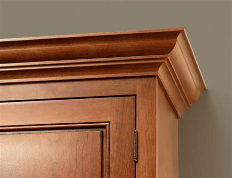 crown molding on kitchen cabinets classic crown molding cliqstudios traditional