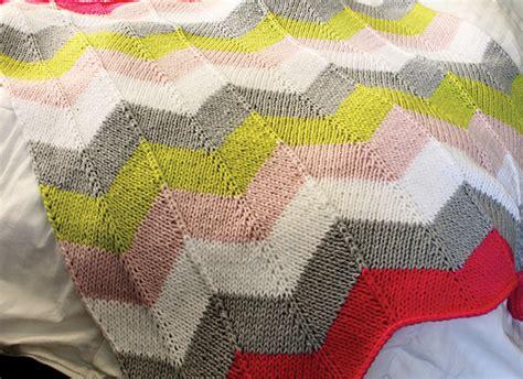 chevron knitted baby blanket pattern chevron quilt knitting pattern a knitting
