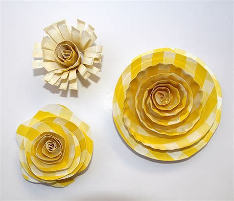 paper plate flower craft craft flowers for gifts and more paper plate flowers