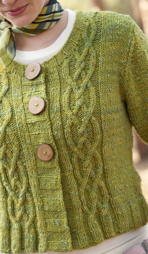 how to knit aran sweater 17 best ideas about aran sweaters on aran