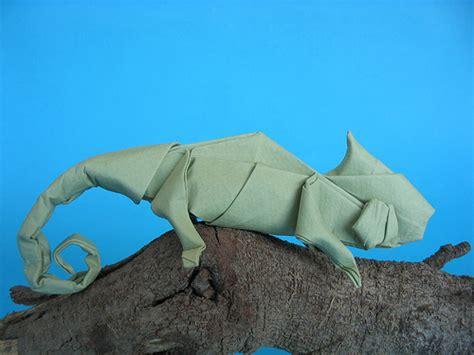 origami chameleon chameleon