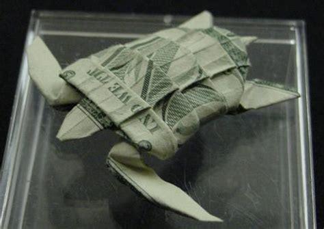 dollar origami turtle one dollar sea turtle by orudorumagi11 on deviantart