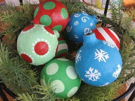 mache crafts top 30 crafty paper mache projects you can try for yourself