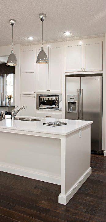 Kitchen Ideas With White Appliances by White Kitchen Cabinets With Stainless Steel Appliances