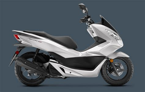 Pcx 2018 New by New 2018 Honda Pcx150 Scooters In Kaukauna Wi