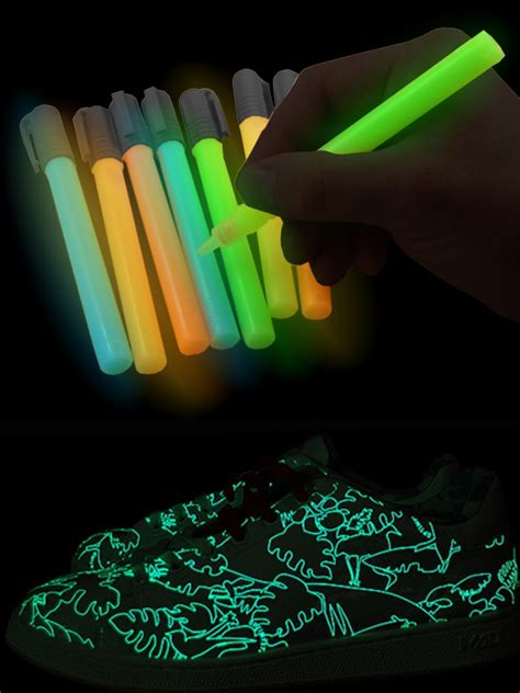 glow in the paint marker glow in the paint pens 5 pack