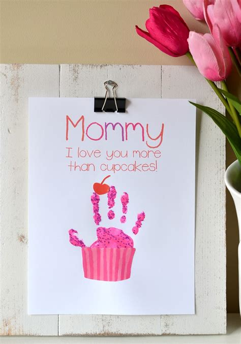 handprint gifts cupcake handprint gift with free printable somewhat simple