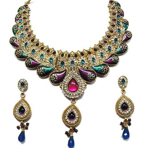 costume jewelry a trending accessory costume jewellery jewellery