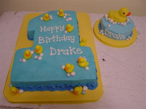 cupcake rubber st 147 best cakes 1st birthday cakes images on