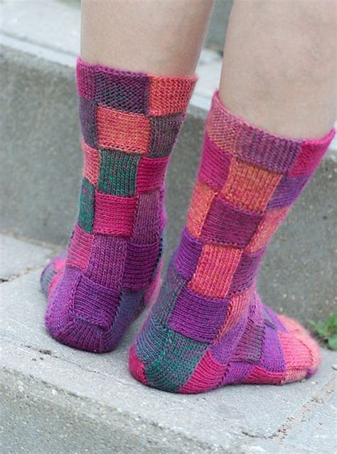 knit socks pattern diy rainbow color patch entrelac knitting socks with patterns