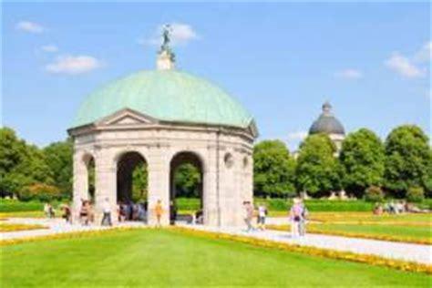 Garten Mieten München Landkreis by Englischer Garten Mit Monopteros Tempel M 252 Nchen