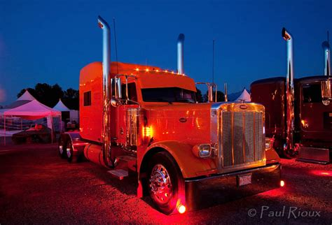 paint nite chilliwack the world s best photos of lights and peterbilt flickr
