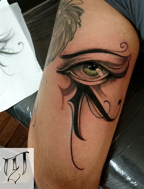 las 25 mejores ideas sobre tatuajes de ojo egipcios en