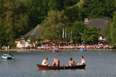 Englischer Garten München Kinderspielplatz by Seehaus Biergarten Mit Seeblick Englischer Garten M 252 Nchen