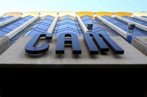 banc sabadell cam cam plantea recortar 1 773 empleos
