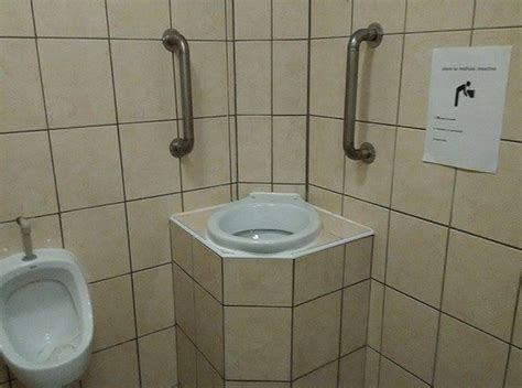 Toilets In Czech Republic by Total Sorority Move German Fraternities Have Toilets