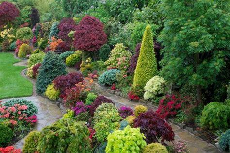 Wie Sieht Der Garten Aus by Moderner Garten 120 Beispiele Wie Sieht Die Farbpalette