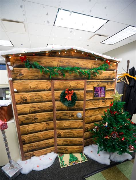 decorating cubicles for 7 best cubicle decorating images on