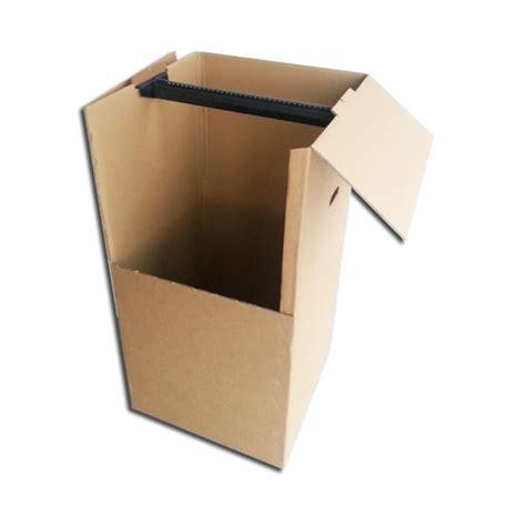 caisse penderie penderie penderie cartons
