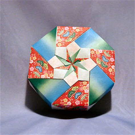 octagon origami box origami maniacs origami octagon flowery box by tomoko fuse