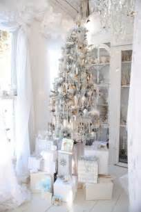 decorate a white tree 33 exciting silver and white tree decorations