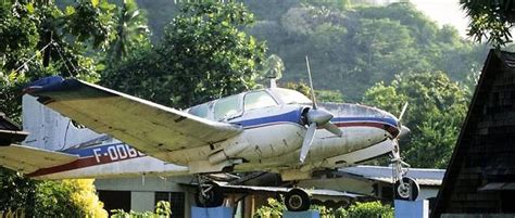 jacques brel l aviateur ch 233 ri des marquises le point