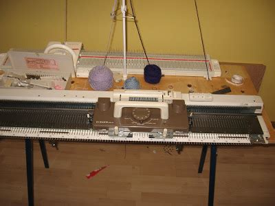singer 327 knitting machine knotty knits and my new toys