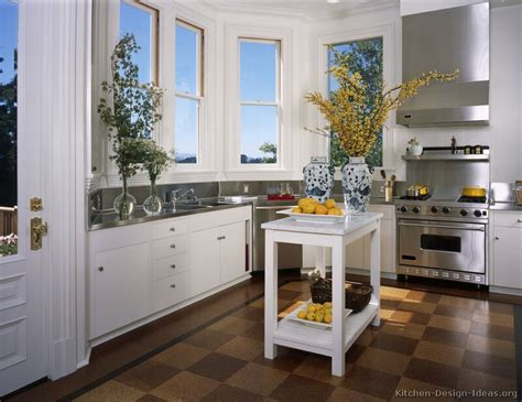 pictures of kitchen with white cabinets pictures of kitchens traditional white kitchen