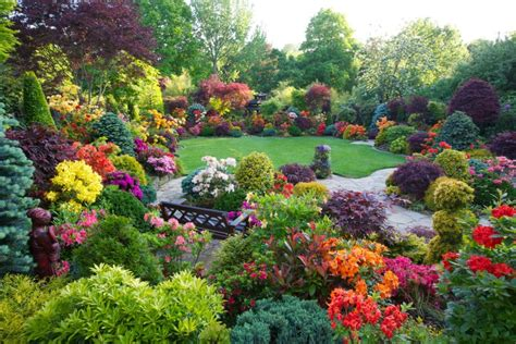 images of beautiful flower gardens 10 most beautiful made flower gardens in the world