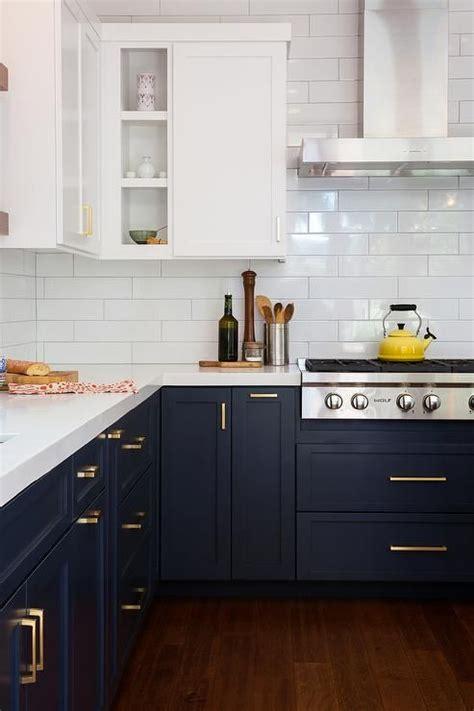 blue kitchen cabinet best 25 navy kitchen ideas on navy kitchen