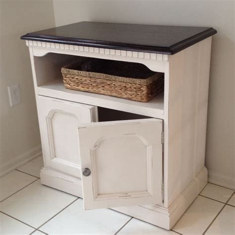 chalk paint vs stain 25 best ideas about tv stand makeover on