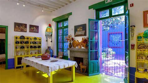 youtube la casa azul coyoac 225 n y la casa azul el universo 237 ntimo de frida kahlo