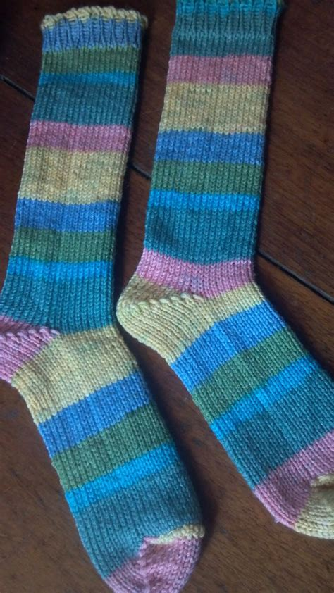loom knitting socks 25 best ideas about sock loom on knitting