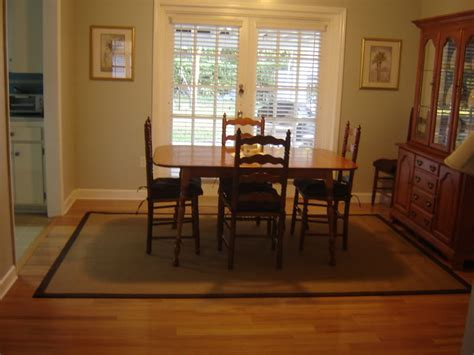 Pictures Of Dining Room With Area Rugs Calm Dining Room Area Rug Dining Room Area Rug Trick