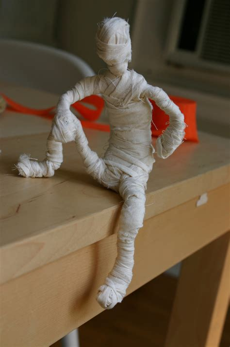 mummy craft for 4 mummy