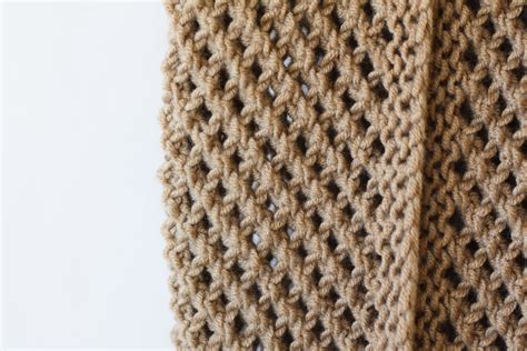 how to knit scarf for the traveler knit infinicowl scarf pattern in a stitch