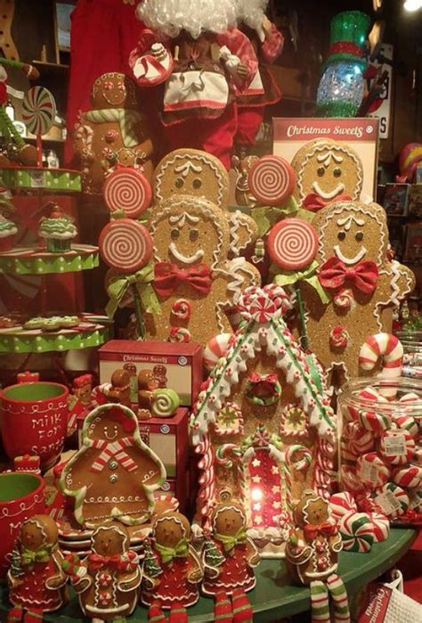 gingerbread decor 1000 ideas about gingerbread decor on