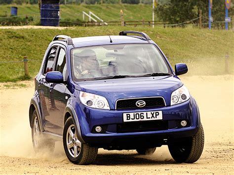 Daihatsu 4x4 by Daihatsu Terios 4x4 Review 2006 2010 Auto Express